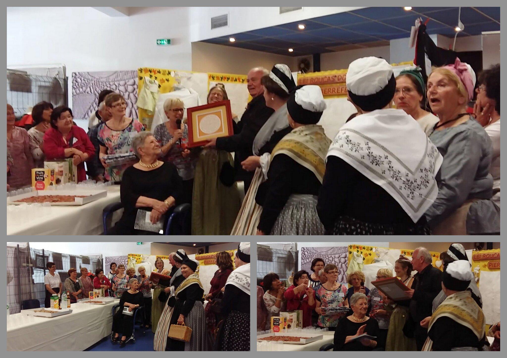 Cadeau au maire de Caissargues ,représentant La Croix Occitane en boutis