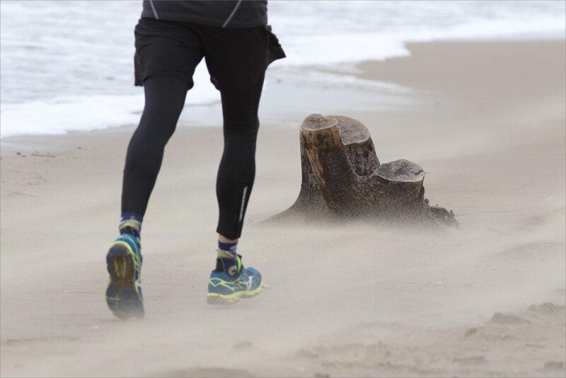 La Palmyre plage vent 200221 23 jogueuse sable ym