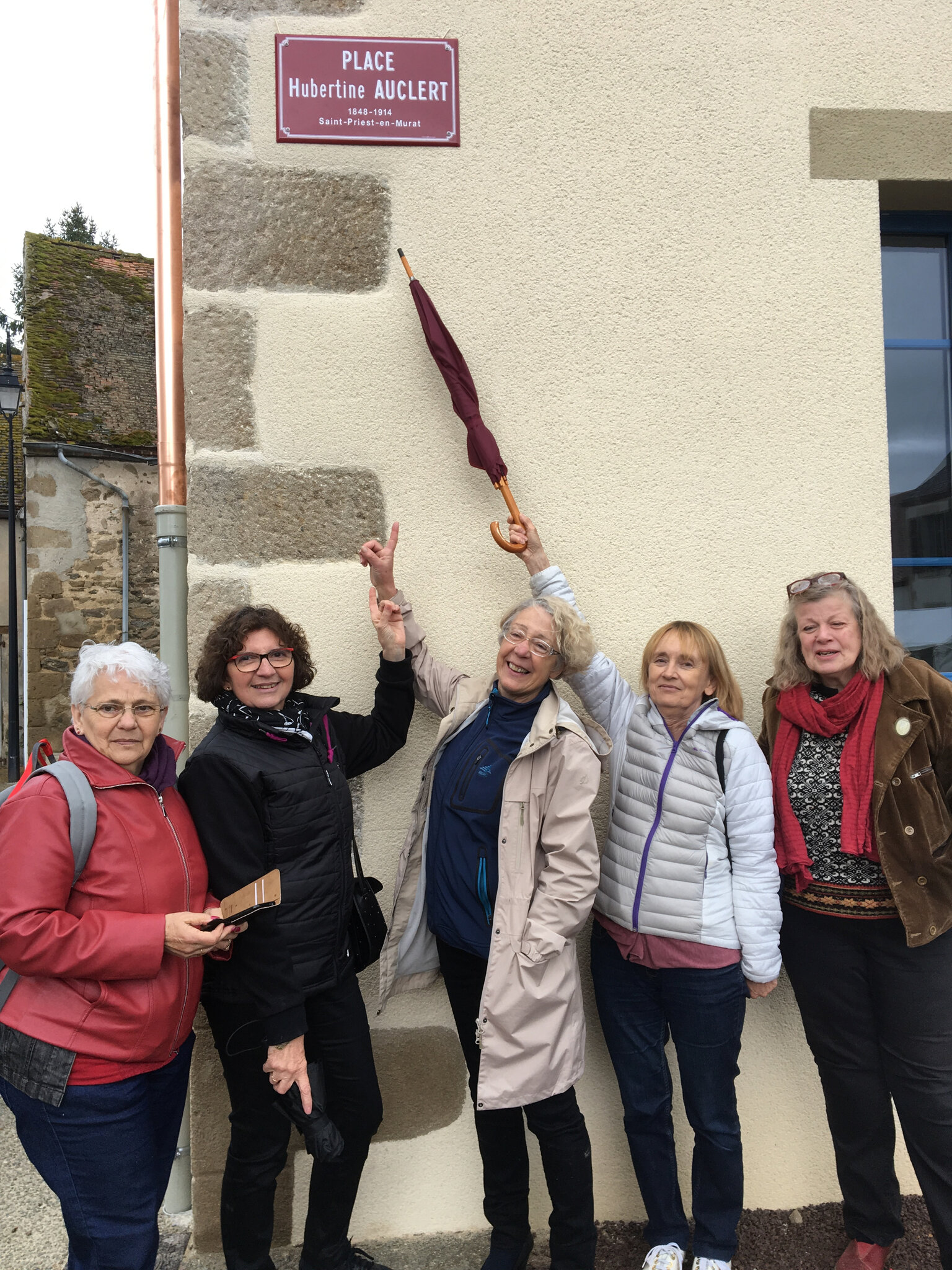 Bravo au Collectif Hubertine Auclert ! album photos, vidéo,articles, tweets, radio, intronisation à la Confrérie des Fins Palais