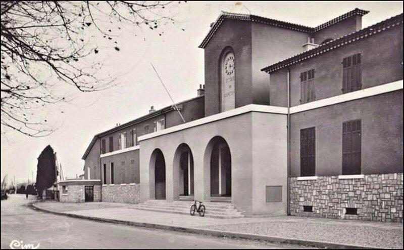 31-Ecole Dézarnaud-Vaillant Couturier 1