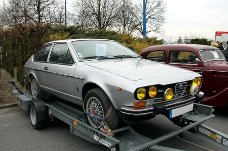 Alfa_Rom_o_GTV_2000_de_1980__23_me_Salon_Champenois_du_v_hicule_de_collection__01