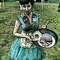7b2e6426c933baba25ff592eaaa5f9ec--zombie-halloween-costumes-clown-costumes