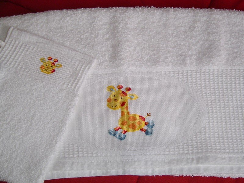 Ensemble de toilette girafe (idees bebe)