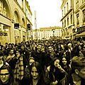 Attentats de paris ( 11 ) : la jeunesse dans les rues.