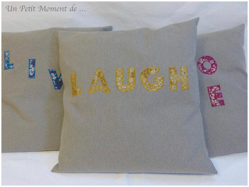 Coussin Laugh 1