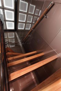 Majesty_125_Stairs