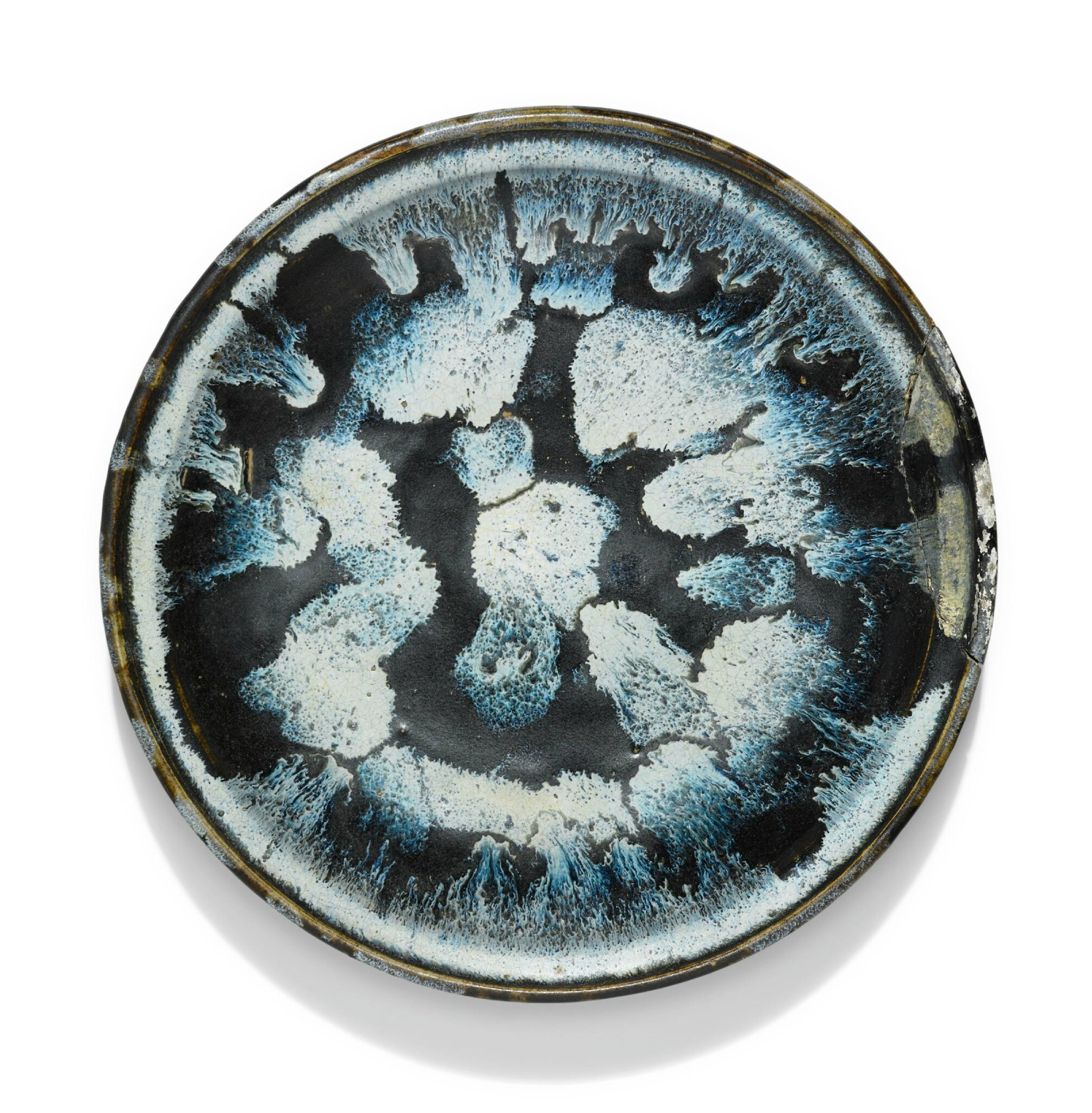 A rare phosphatic-splashed tazza, Tang dynasty (618-907)