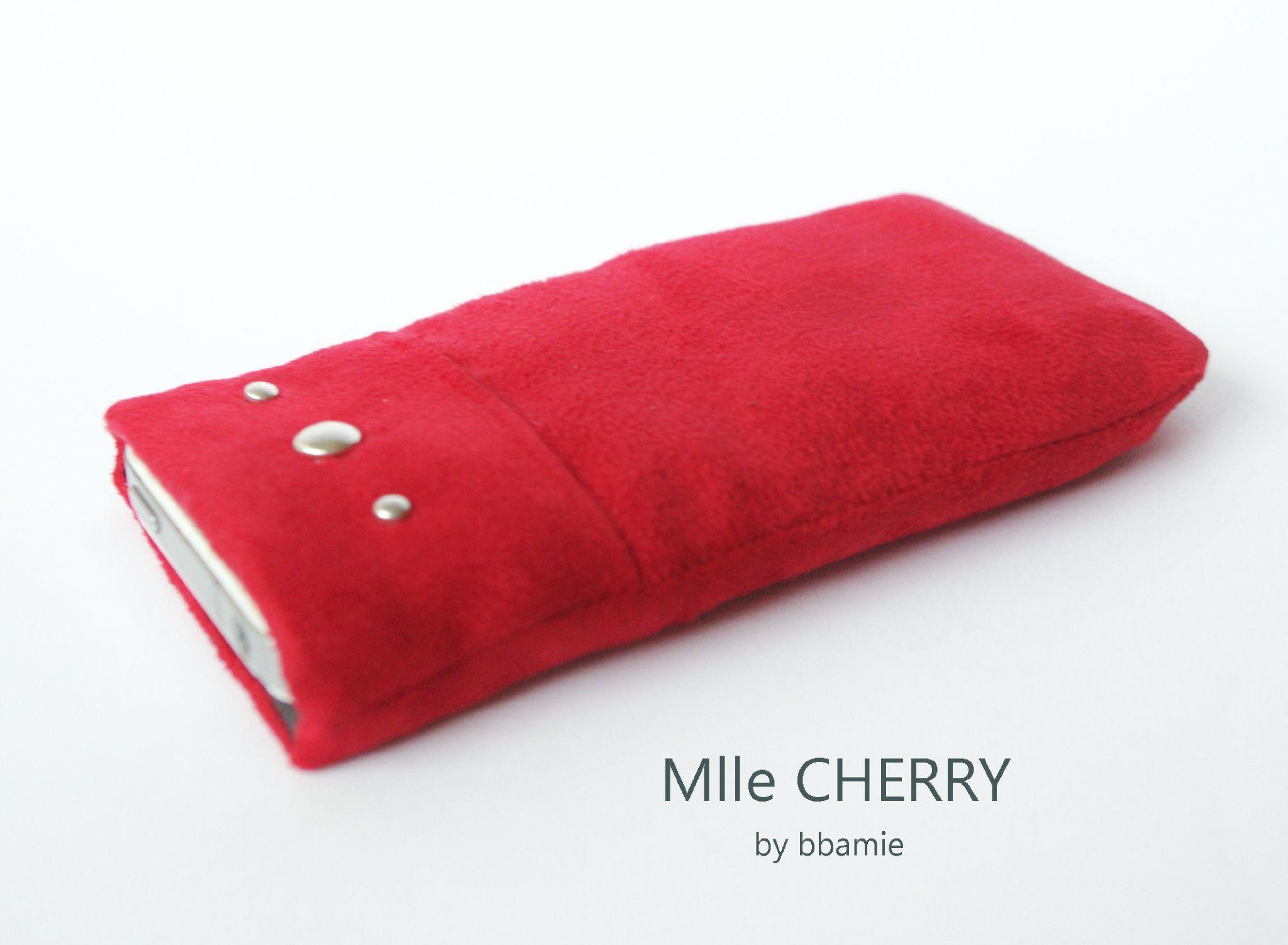 Mlle CHERRY