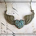 collier_collier_vintage_coeur_aile_bronze_1881333_pa139366_feeab