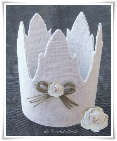 Couronne rose - noeud ficelle