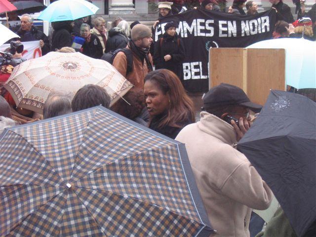 Manifestation Amnesty 25 novembre 2008 058