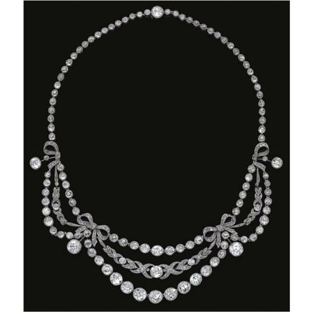 Diamond necklace, circa 1910