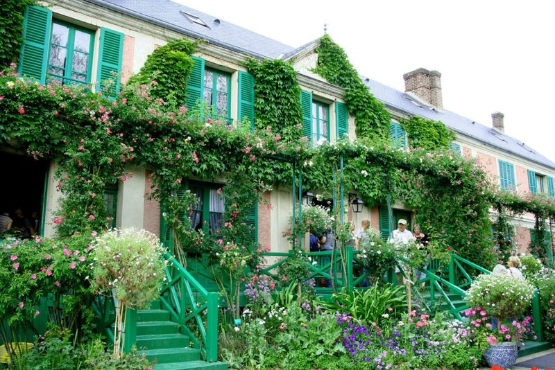 Giverny_-_maison_Claude_Monet01