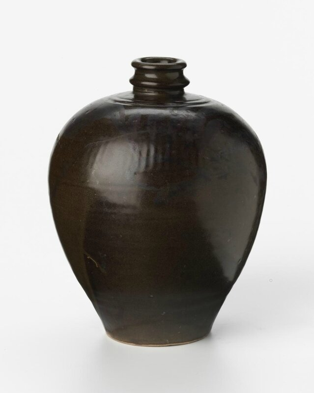 Jar, Song dynasty, 960 CE- 1279, Northern ware