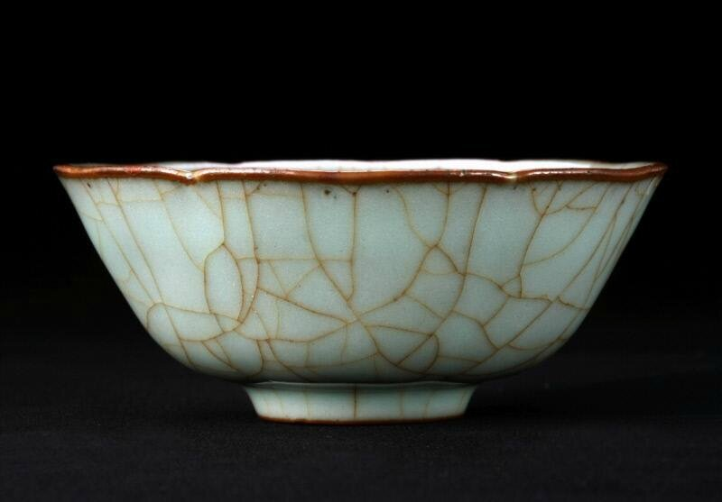 Bowl with greenish glaze after the Song-imperial style, Ming dynasty (1368-1644), Reign of the Chenghua emperor (1465-1487)