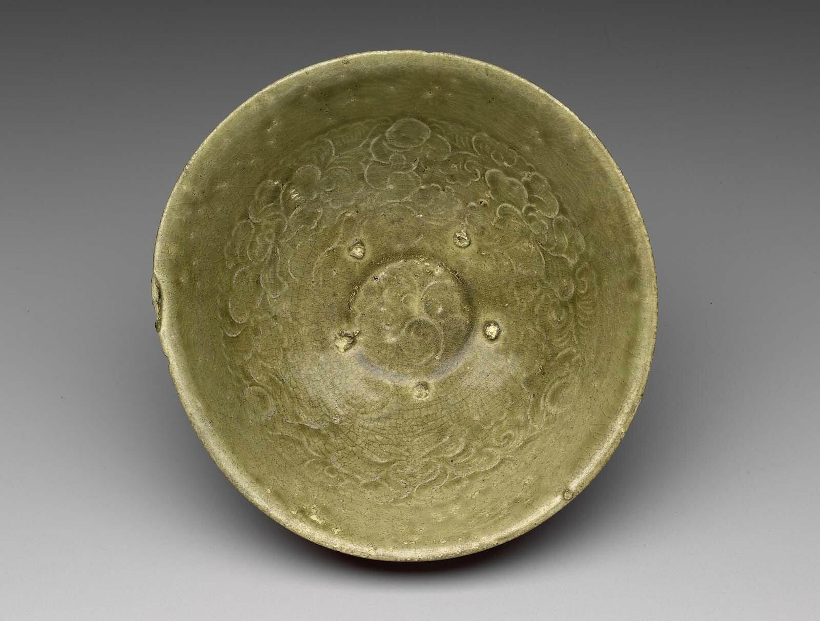 Bowl, Vietnam, Ly-Tran Dynasty, 12th–13th century