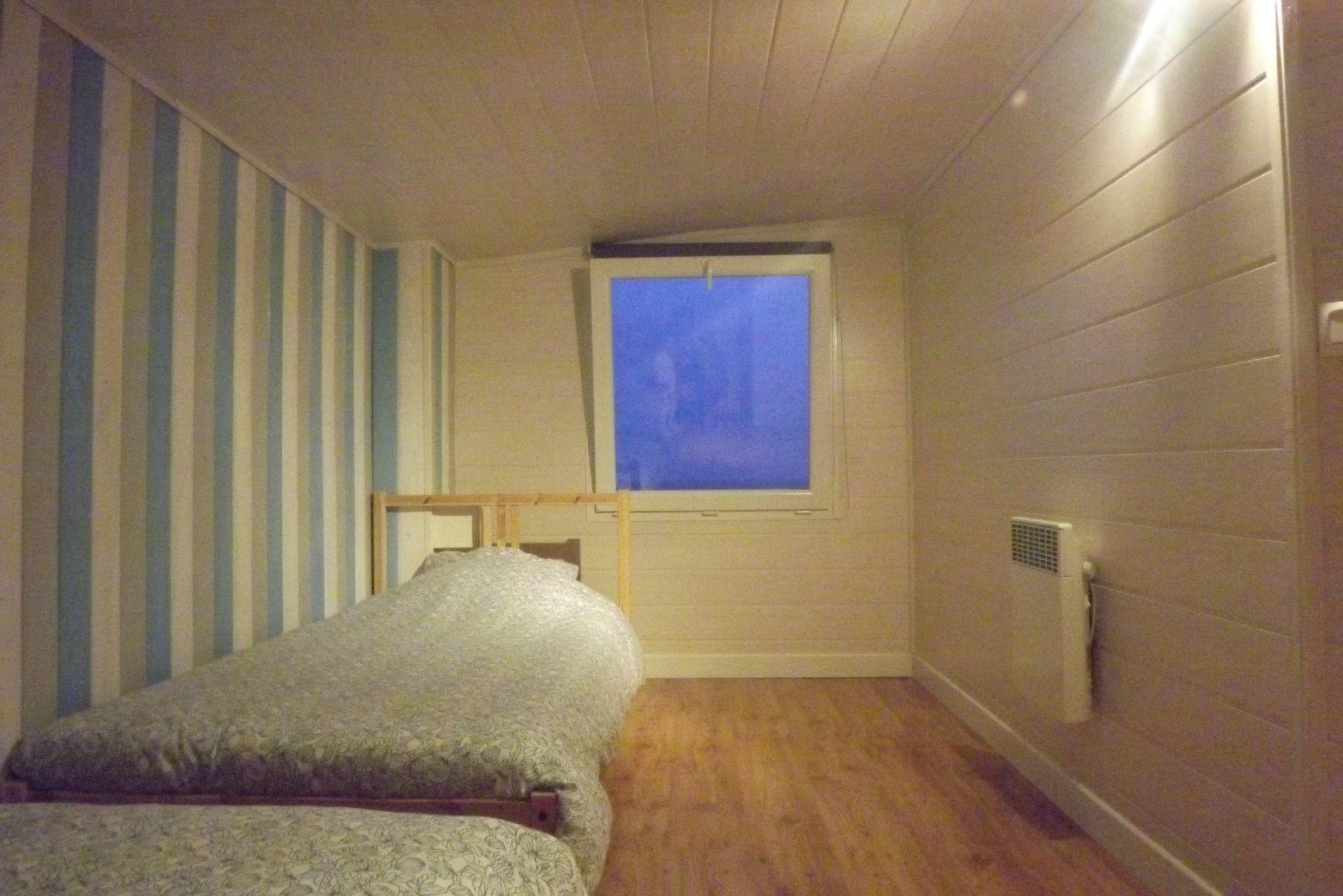 Chambre 4 (2 lits simple étage)