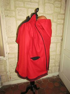 manteau elfique rouge et noir Florine (9)