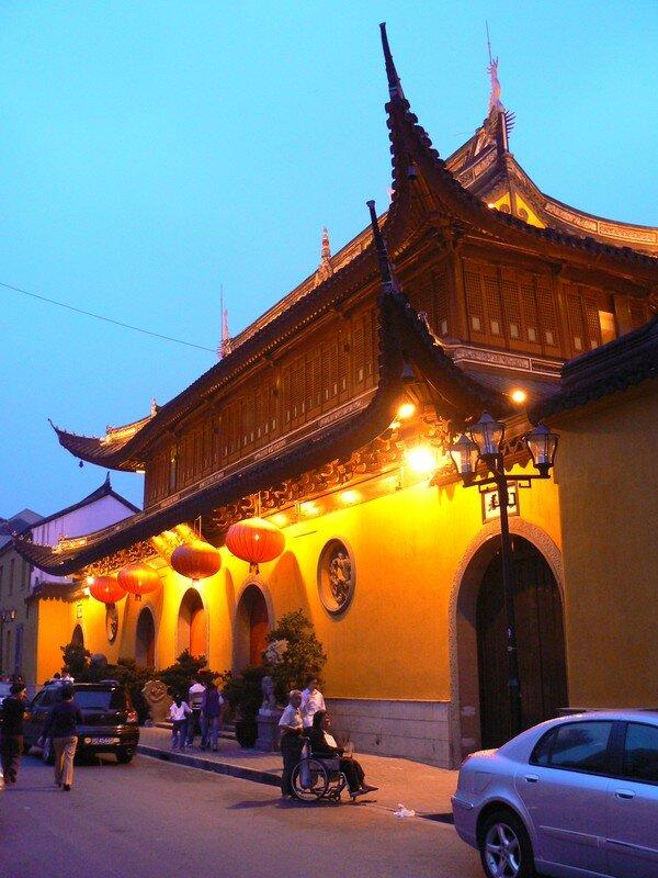 Un Peu De Zen Attitude Temple Du Bouddha De Jade Marie Et Xav