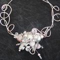 collier de marriée rose et gris pour Delphine