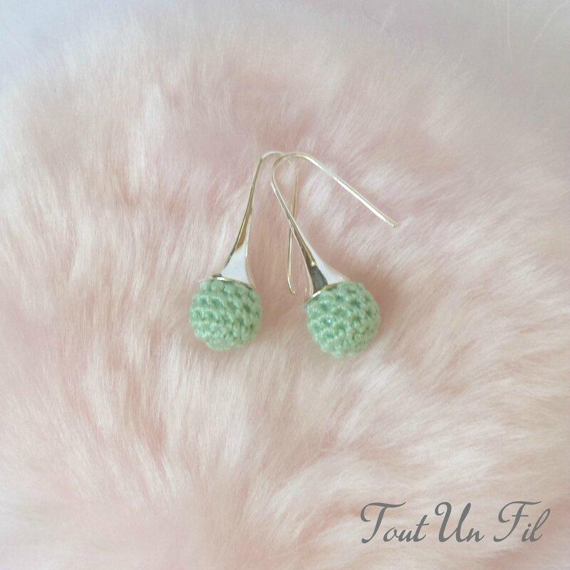 Boucles d'oreilles Vert amande Crochet Tout Un Fil