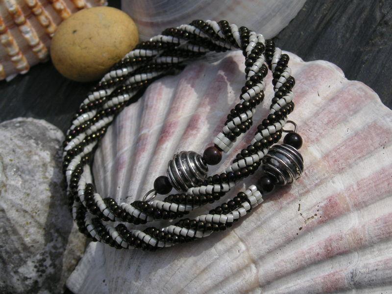Bracelet spirale argent et obsidienne