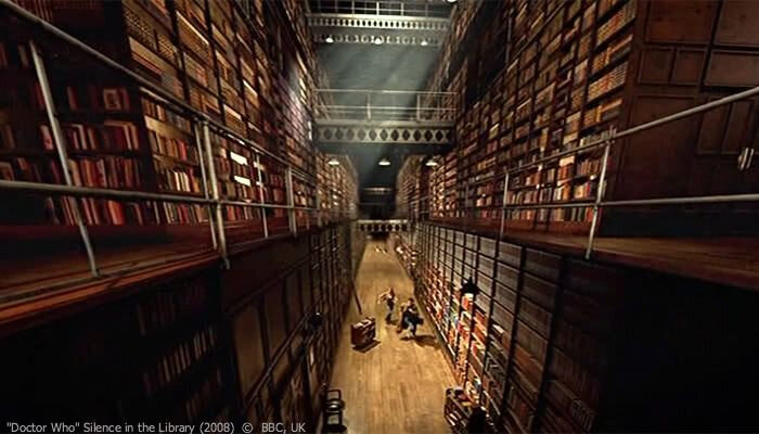 7 la Bibliothèque