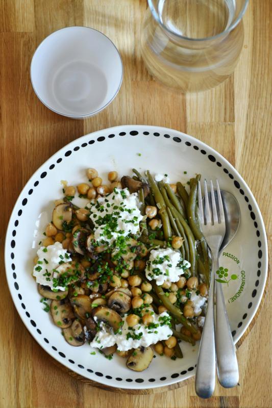 Poêlée de pois chiches & champignons au garam masala, haricots verts & cottage cheese_1