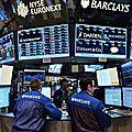 La manipulation des matières premières, de l'énergie, des crédits, des taux d'intérêts par les banques .
