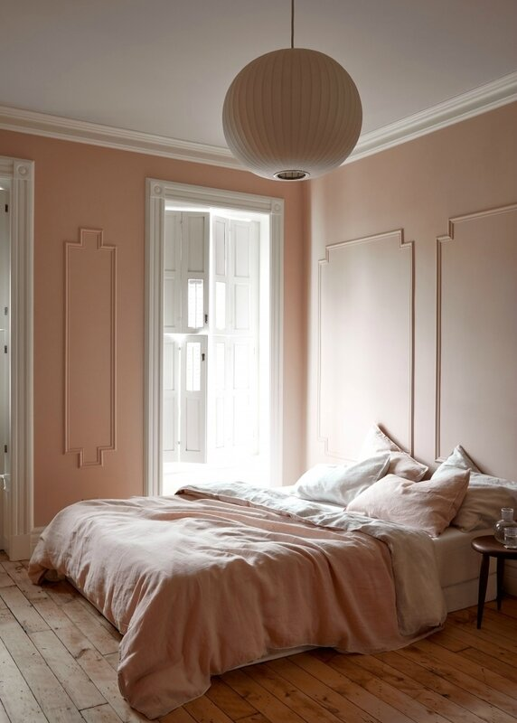 jess-hagen-brooklyn-townhouse-remodel-pink-bedroom-kate-sears-photo-9a-733x1026