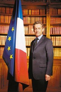 Le_portrait_officiel_de_M