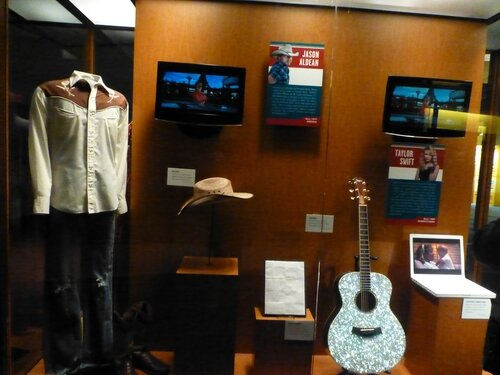 Country Music hall of fame (230).JPG