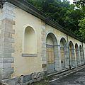 P1070166 Arrivée à Pauze Vieux (anciennes thermes)