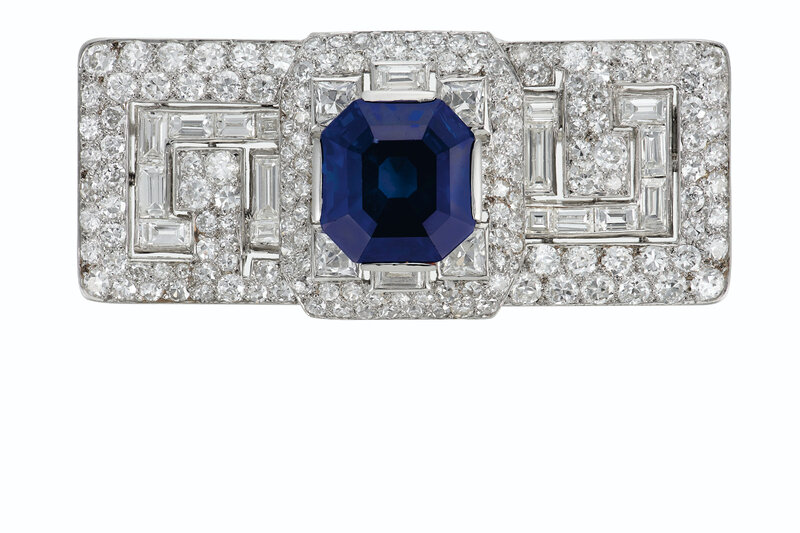 2020_NYR_18991_0168_000(a_superb_art_deco_sapphire_and_diamond_brooch_cartier083750)