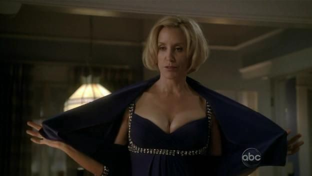Desperate housewives 6x04 the god why dont you love me blues the club serie critique - Coucher avec un homme marie ...