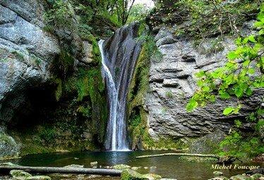 8) cascade d'Hauteroche vers marchamp bugey