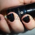 Essence - collection breaking dawn partie 2 - nail polish