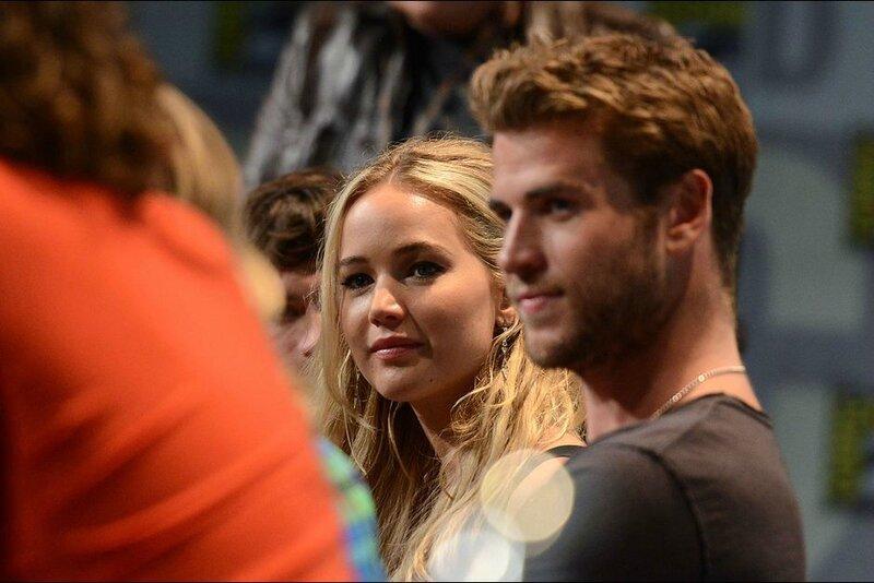 Jennifer-Lawrence-et-Liam-Hemsworth-a-San-Diego-le-9-juillet-2015 Comic Con 02