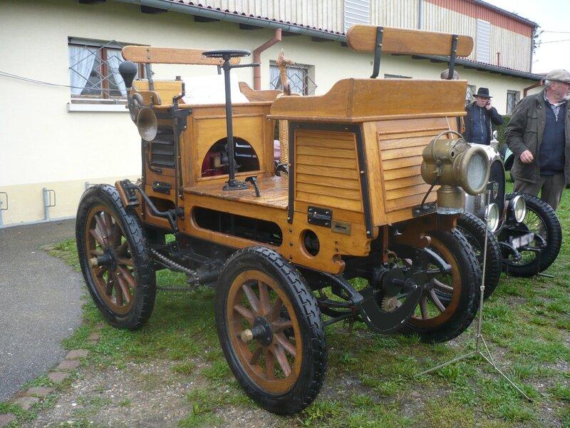 MILLOT vis à vis 1898 Rustenhart (1)