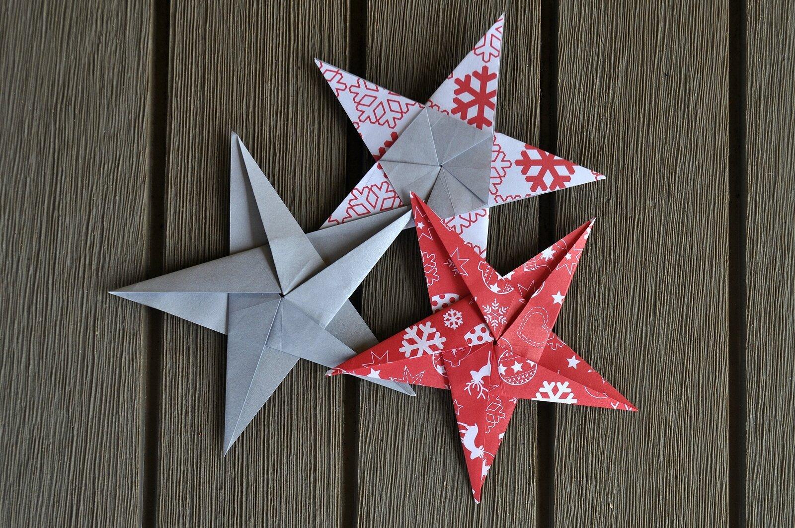 des toiles de no l en origami avec le tuto c des. Black Bedroom Furniture Sets. Home Design Ideas