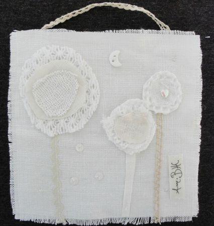 tableau avec fleurs tout blanc