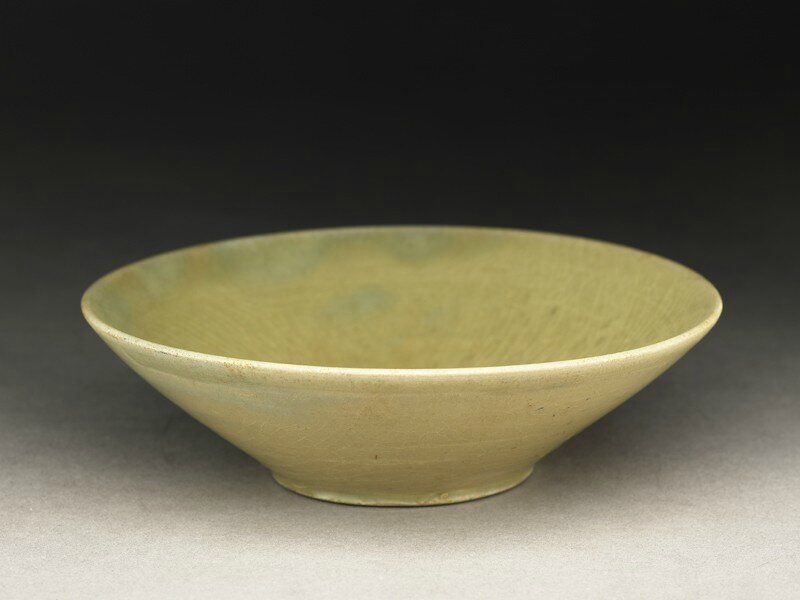 Greenware bowl, Yue kiln-sites, 9th - 10th century AD , Tang Dynasty (AD 618 - 907)