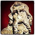 Un petit tour dans le musée d'aquitaine... figures de style.