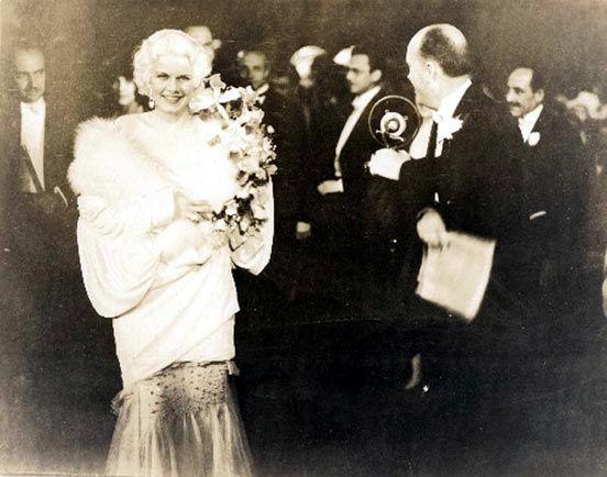 jean-1930-06-30-premiere_hells_angels-01-1