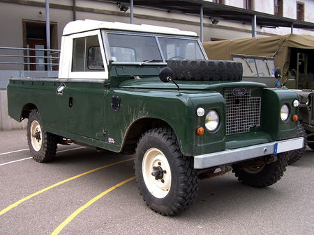 Land Rover 109 pickup Bourse Echanges Auto Moto de Chatenois 2009 1