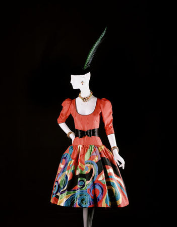 Yves_Saint_Laurent__tribute_to_Pablo_Picasso