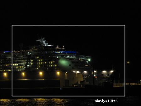 Independance_of_the_seas_5_