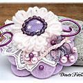 Broche textile fleur rose mauve dentelle tissu étoile