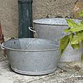 ***brocante de jardin &&& dans mon jardin***