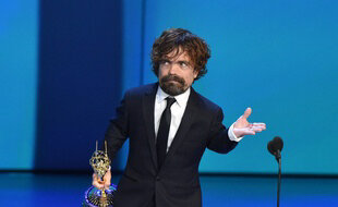 310x190_peter-dinklage-sacre-meilleur-second-role-serie-dramatique-70e-emmy-awards-17-septembre-2018-los-angeles
